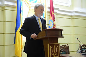 Dr. Phillip Karber, President of Potomak Foundation, addresses Ukrainian National Academy of Land Forces